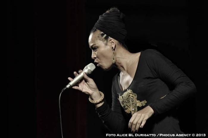"Simone sings ""Nina"" – Il Volo del Jazz 2013"