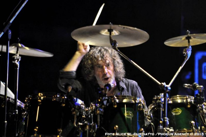 Simon Phillips per Udine Rock Nights al Palamostre